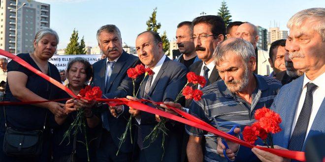 Barış Anıtı Gözyaşlarıyla Açıldı