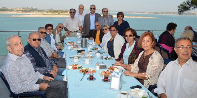 Emekli Hekimleri Buluşturan Kahvaltı