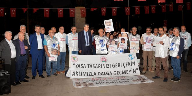 """Prof. Dr. Ahmet Hilal, """"Kandırmaca değil haklarımızı istiyoruz!"""""""